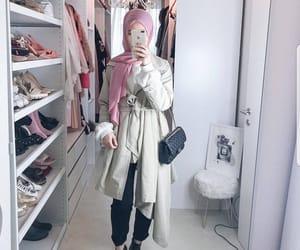 hijab, hijâbi, and fashion image