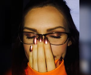 avon, brown hair, and eyeshadow image