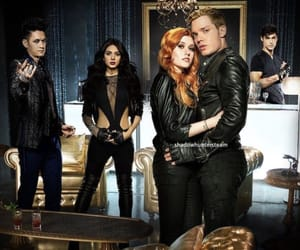 shadowhunters, clary fray, and magnus bane image