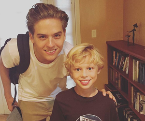 twin and dylan sprouse image