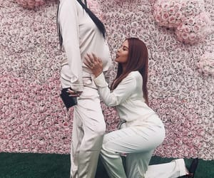 kylie jenner, pregnant, and baby image