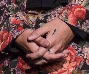 hands, styles, and Harry Styles image