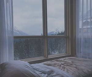 aesthetic, winter, and bed image