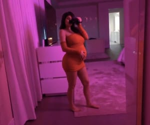 pregnant and kylie jenner image
