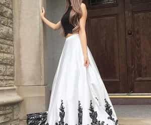 dresses, بُنَاتّ, and حلوً image