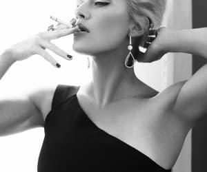 kate winslet and smoke image
