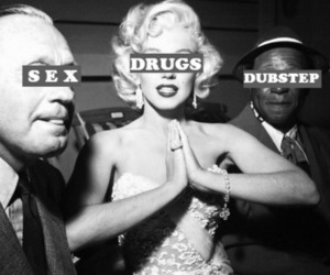 b&w, drugs, and dubstep image