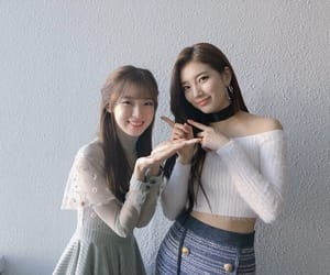 suzy, arin, and oh my girl image