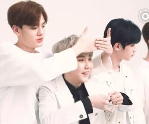 justin, huang minghao, and idol producer image