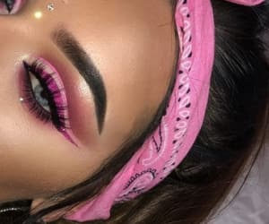 pink and eyes image