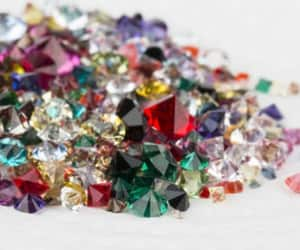 article, colors, and gemstones image