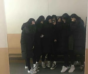 asian, korean girls, and squad image