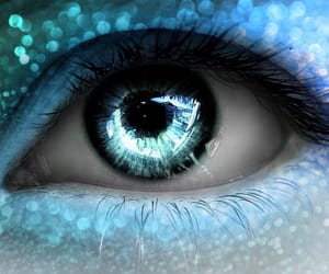 beautiful, eye, and blue image