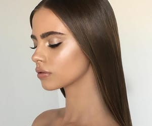 beauty, gloss, and highlight image