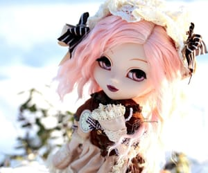 doll, regeneration, and photographing image