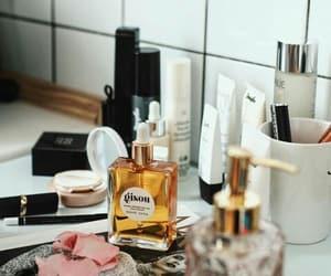 photography, love, and bathroom image