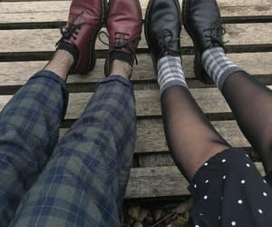 grunge, shoes, and girls image