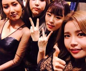 girls, moonbyul, and hwasa image
