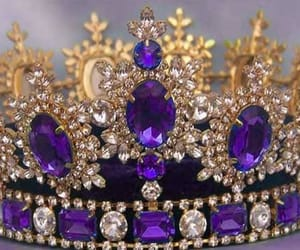 crown, luxury, and Queen image