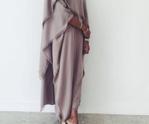 abaya and fashion image