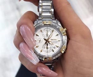 nails and watch image