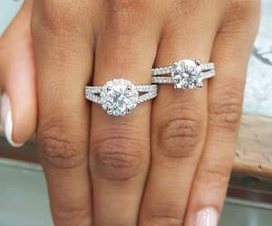 diamond and fashion image