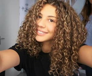 curlyy, post bad, and peufra image