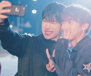 idols, kpop, and wonho image