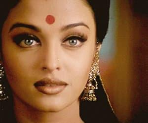 aishwarya rai, bollywood, and gif image