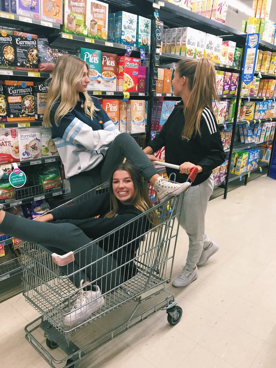best friends, shopping, and food image