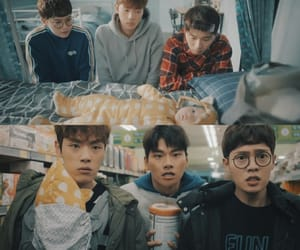 aesthetic, best friends, and lee yi kyung image