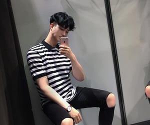 ulzzang, boy, and fashion image
