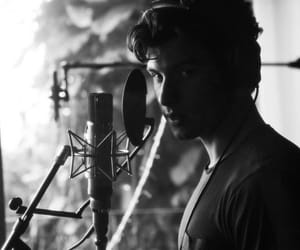 shawn mendes, singer, and studio image