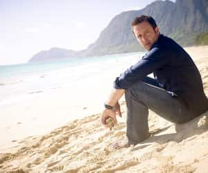 actor, hawaii 5 0, and alex o´loughlin image