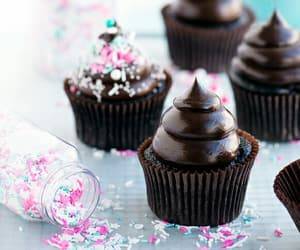 cupcakes and desserts image
