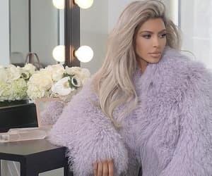 kim kardashian and blonde image