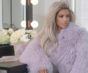 kim kardashian and blonde image
