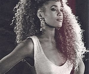 strong, woman, and whitneyhouston image