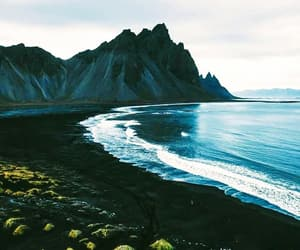 beach, water, and océano image