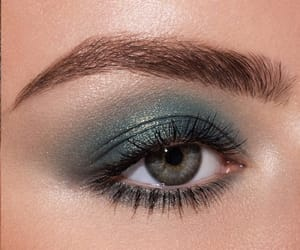 eyeshadow, green, and makeup image