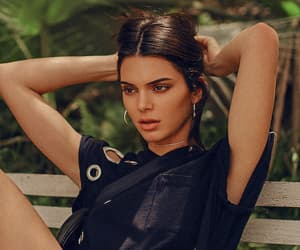black, clothes, and kendall jenner image