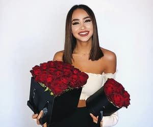 pretty girl, site models, and flowers roses image
