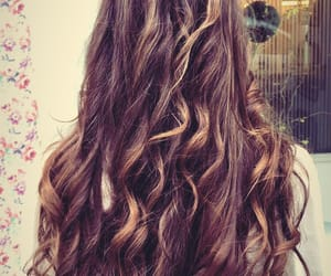 hair, beachy, and vienne image