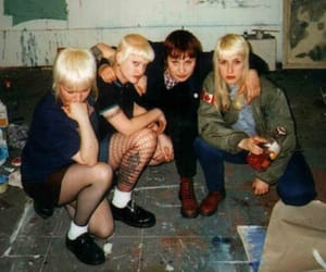 girls, punk, and skinhead image