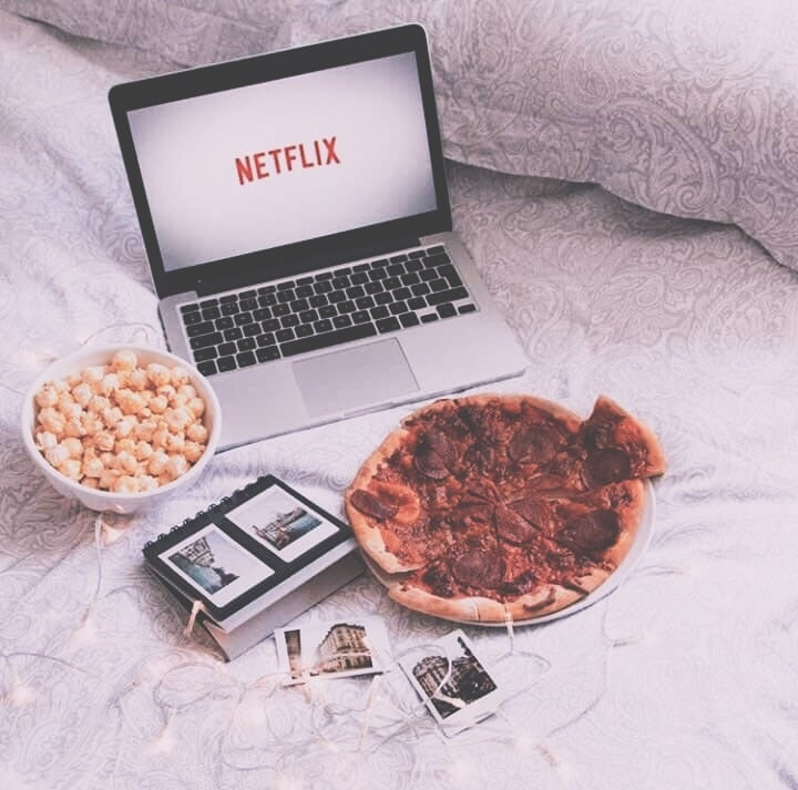 article, food, and laptop image