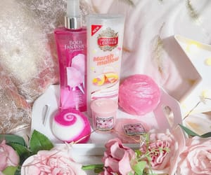 bath bombs, cherry blossom, and yankee candles image