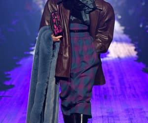 fashion week, marc jacobs, and taylor hill image