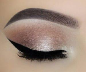 makeup, fashion, and eyeliner image
