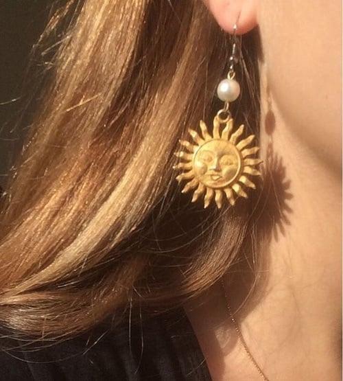 sun, aesthetic, and earrings image