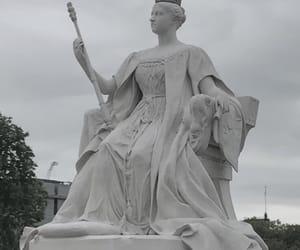 london, Queen, and queen victoria image